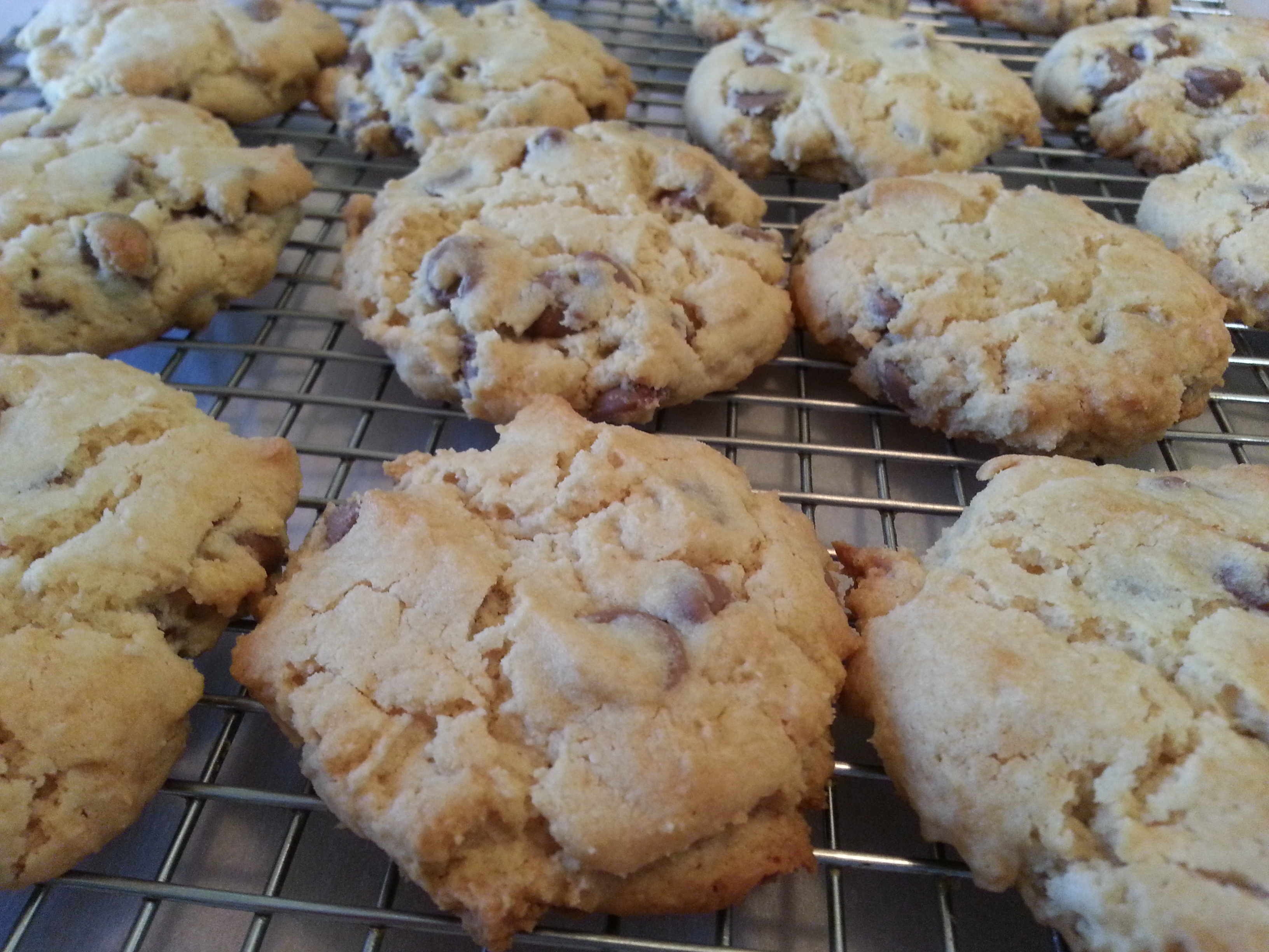 Soft Batch Cream Cheese Chocolate Chip Cookies | Nood Mood