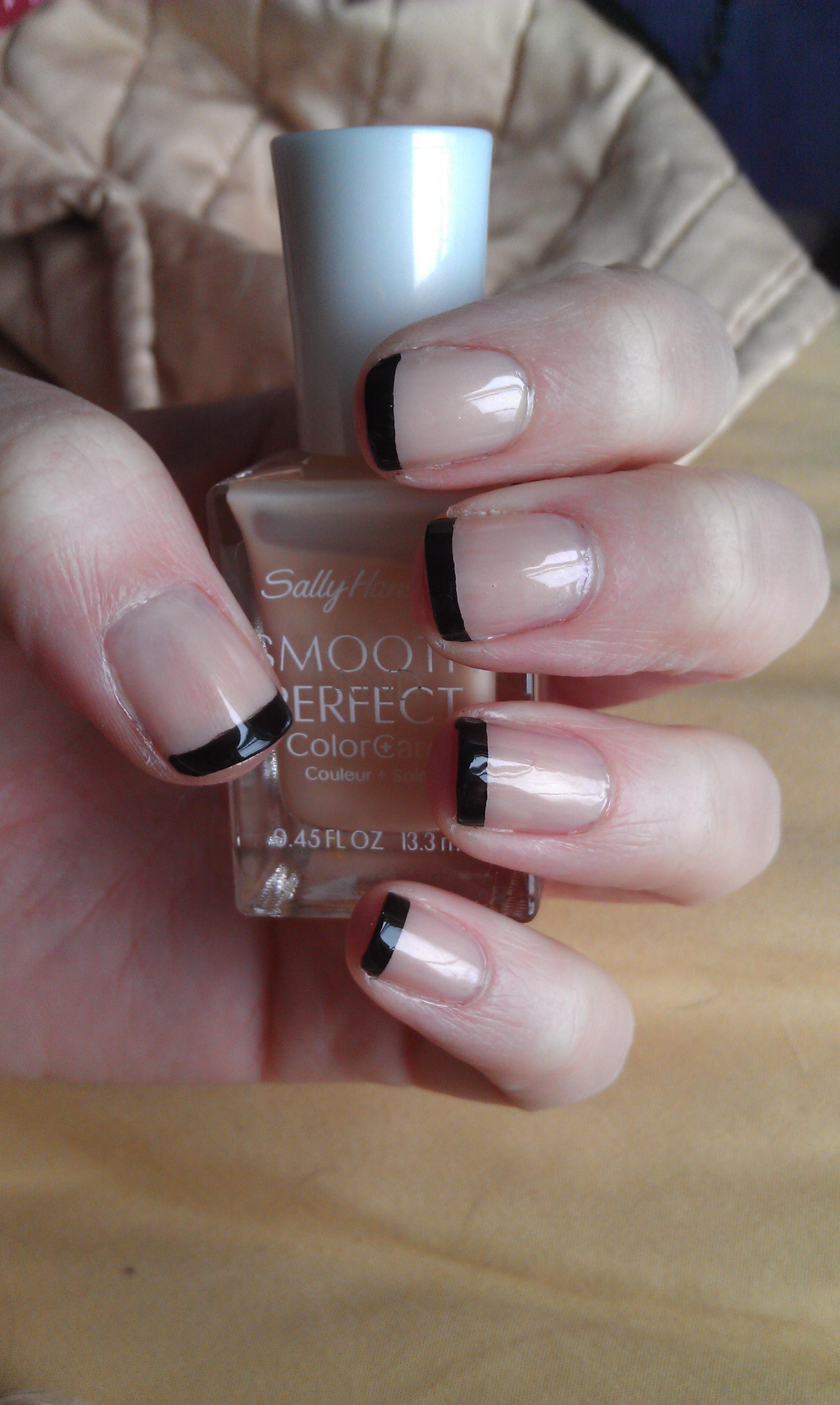 Sleek Black French Manicure