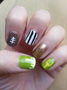football nail art