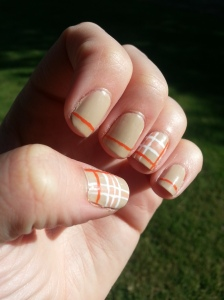 plaid nail art mani